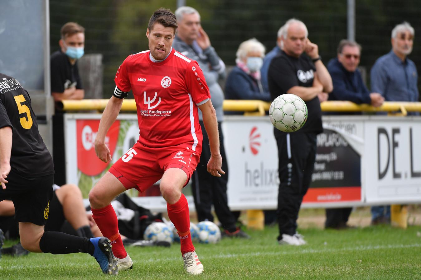 Stefan Berth hoopt nog even te kunnen doorgaan in het provinciaal voetbal.