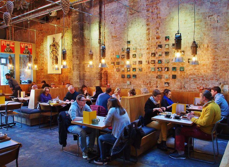 The National, een smaakvol restaurant in een oud bankgebouw. Beeld Imco Lanting
