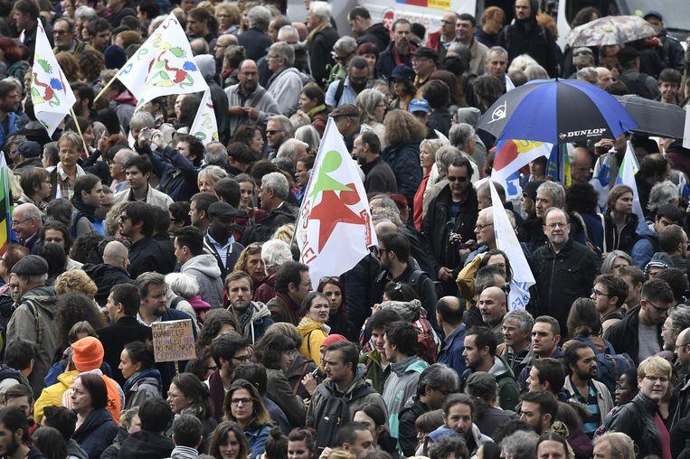 Meer dan 200.000 vakbondsleden protesteerden gisteren tegen de plannen van de regering.
