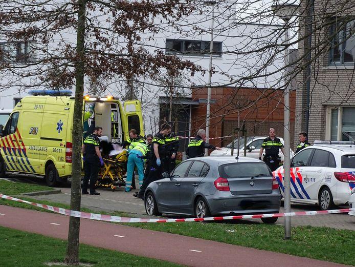 Agenten schieten man met hakmes neer in Etten-Leur