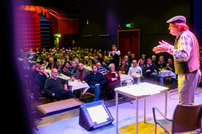 Twee avonden in maart vorig jaar stroomde het Kulturhus vol voor de jubileumshow van Boornse Noabers.