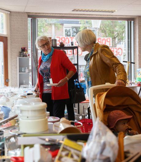 Zeven weken werd tien maanden, maar de pop-upkringloopwinkel aan de Zevenbergse Markt sluit nu echt