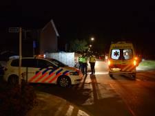Man (22) op zijn fiets neergestoken in Apeldoorn na mislukte beroving, verdachten spoorloos