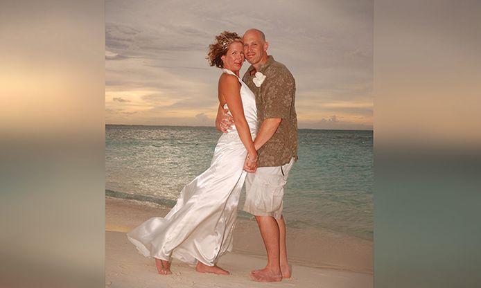 Lisa en Peter tijdens hun eerste huwelijk twaalf jaar geleden.