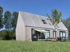Dit huis is van drempel tot nok van hout: 'Het geeft een heerlijk warm gevoel'