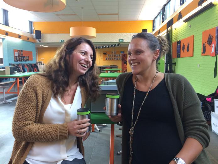 Tamara Schuitvlot en Daphne Graven (beiden 36), oprichtsters van Schoolsoepie.