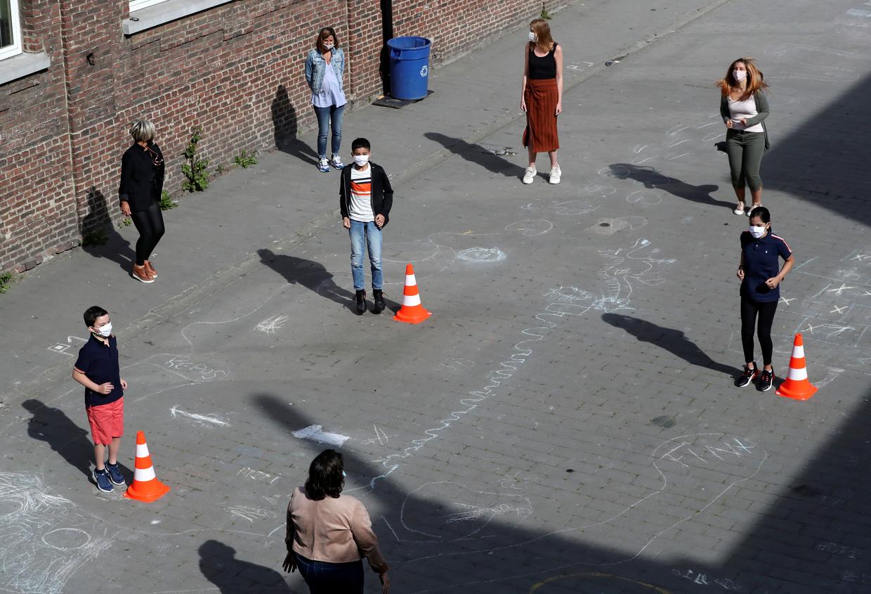 Leerlingen van een school in Jumet nemen alle voorzorgsmaatregelen in acht.