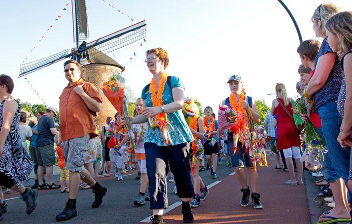 De laatste dag van de Zevenaarse wandelvierdaagse in 2012.
