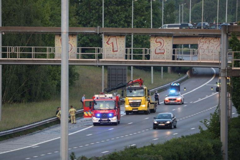 Autobrand op de E17 ter hoogte van Antwerpen Zuid.