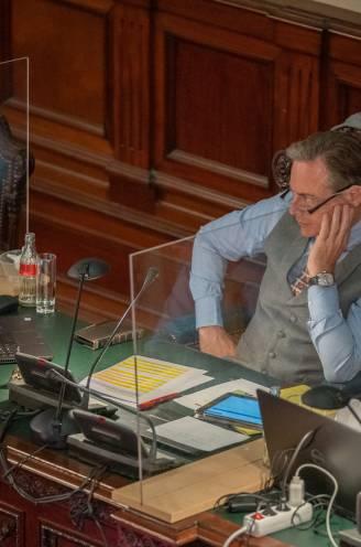 """Nog géén duidelijkheid over toekomst Schiltz en Open Vld in stadsbestuur: """"Er zijn rechtsgeldige aktes voor schepenambten met namen van wie stopt en begint"""""""