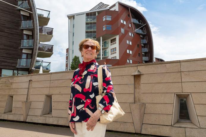 Mevrouw Timmermans is met haar 89jaar de oudste bewoner vanher Paleiskwartier 's-Hertogenbosch