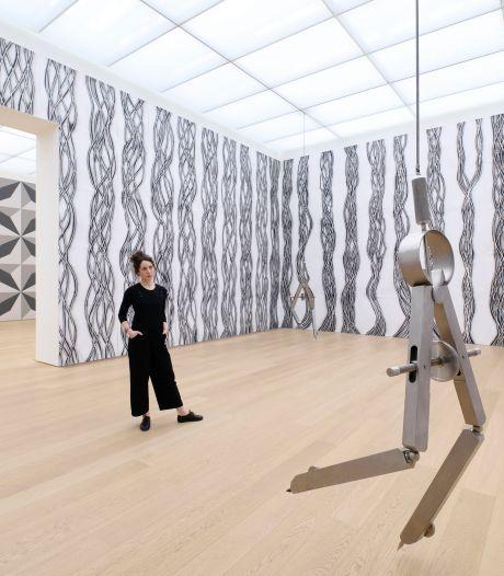 Met weinig middelen creëert Robin Rhode wonderlijke nieuwe werelden in Museum Voorlinden