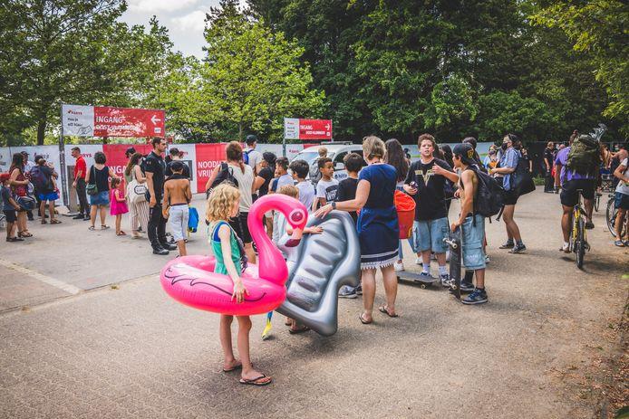 Schuiven aan de Blaarmeersen, het eerste festivalgevoel in ruim een jaar tijd.