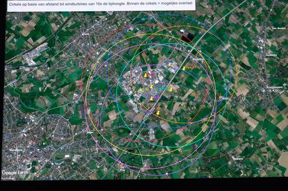 Volgens Leefbaar Zulte-Kruisem zullen de windmolens een serieuze impact hebben op de buurt. WT-01 (roze), WT-02 (geel) en WT-03 (rood) werden vergund.