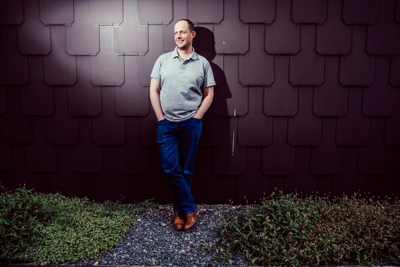 Matthias Dewilde kampte jaren met een gameverslaving en geeft er nu als ervaringsdeskundige workshops over.