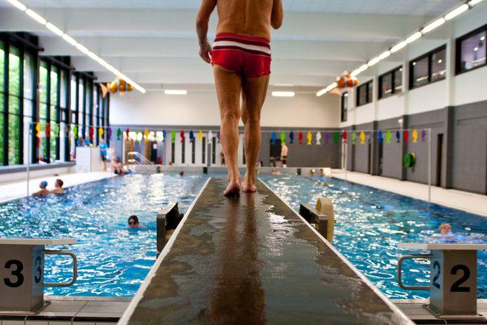 Het zwembad De Nachtegaal.