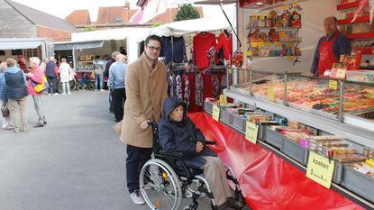 Marktdag aan rusthuis valt in de smaak