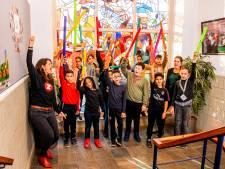 Rotterdamse scholieren componeren écht songfestivalliedje in de klas