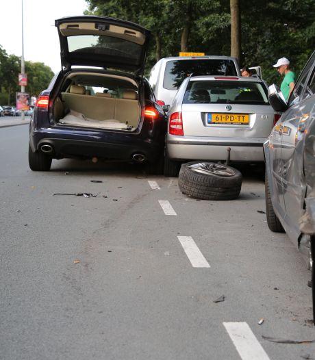 Bestuurder van 'diplomatenauto' die vijf voertuigen ramde, hoefde niet te blazen