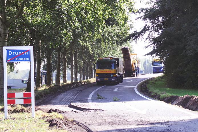 De verwijdering van het asfalt op de toe en afritten 41 in de A59.