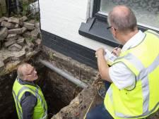 Onder de fundering op zoek naar antwoorden: waardoor zijn 400 huizen langs het Kanaal Almelo - De Haandrik beschadigd?