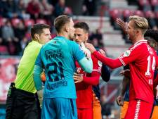 Verhitte clash tussen FC Twente en Willem II levert geen winnaar op