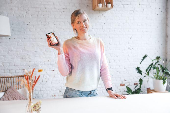 Astrid Bultijnck wil mensen kleine gelukjes doen ontdekken.