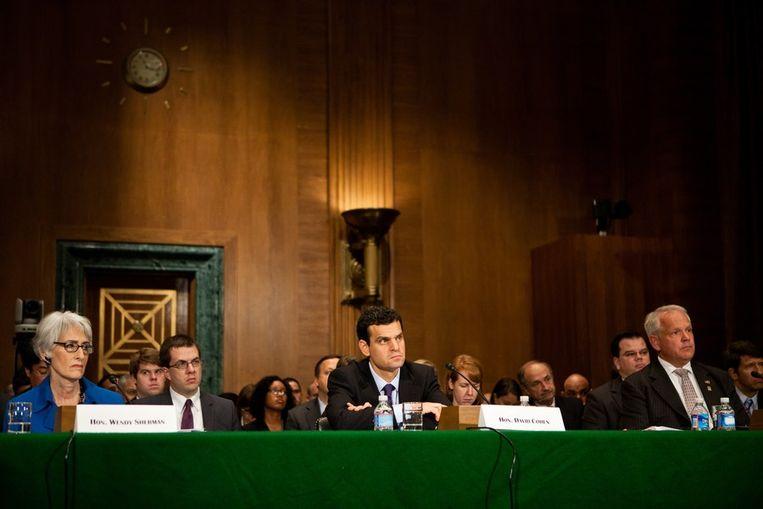 De Amerikaanse Senaat houdt ondertussen een spoedzitting om economische sancties tegen Iran te bespreken. Beeld AFP