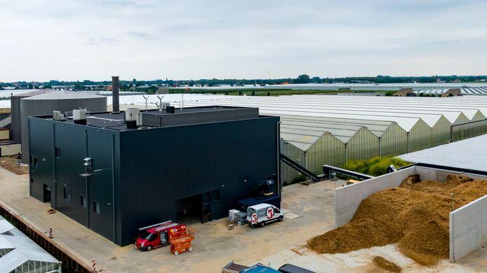 Het nieuwe snoeihoutstookgedeelte van de warmtecentrale voor veertien tuinders in NextGarden.