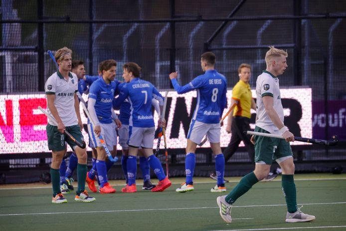 Justen Blok (l) en Jochem Bakker balen na de 0-1 van Kampong.