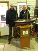 Staf en Piet Wittevrongel restaureren de Askoy 2, waarmee Jacques Brel een wereldreis maakte.