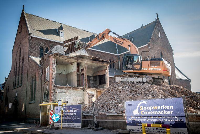 Het oude klooster is onder de sloophamer verdwenen.