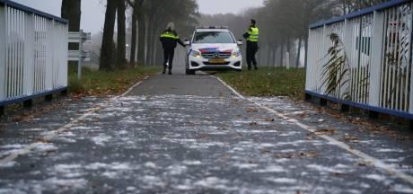 Fietser naar ziekenhuis na val op spekgladde brug in Etten