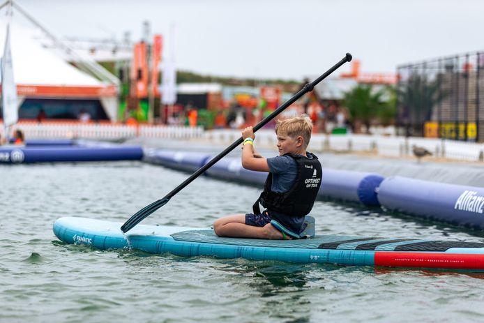 Op het Olympic Festival kunnen kinderen de eerste stap zetten in diverse vormen van watersport.