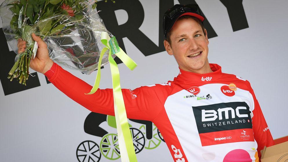 BMC-Zwitser Küng grijpt macht in BinckBank Tour, Europees kampioen Campenaerts strandt op tweede plaats in tijdrit