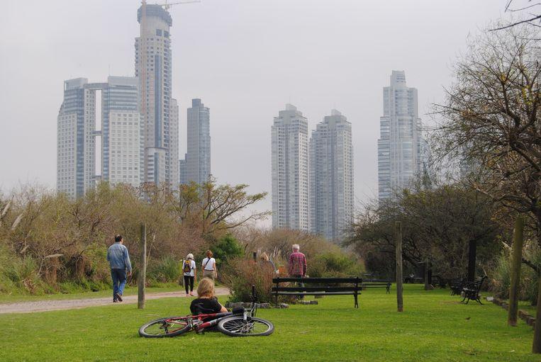 De skyline van Buenos Aires. Beeld Ewoud Ceulemans