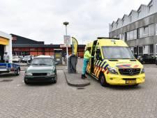 Twee personen naar ziekenhuis na scootercrash op Aalsterweg in Eindhoven