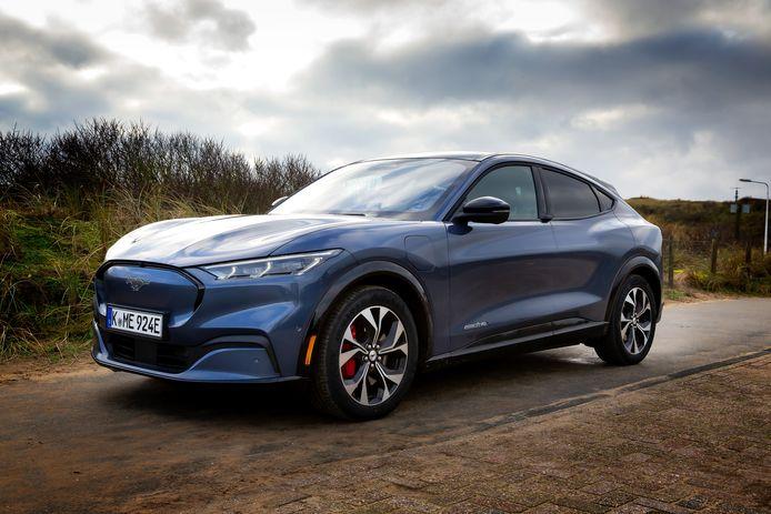 De Mustang Mach-E is een volledig elektrische Ford die nu al in Europa wordt verkocht