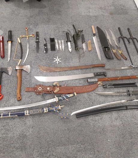 Inleveractie politie levert na twee dagen al tientallen steekwapens op