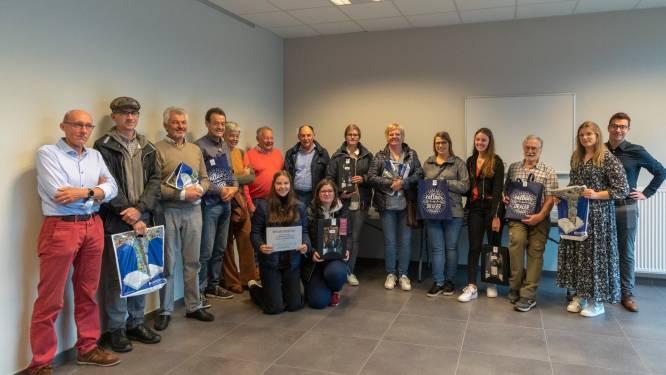 Davidsfonds Koolskamp deelt prijzen fietszoektocht uit