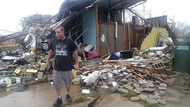 """""""Het lijkt hier een oorlogszone"""": orkaan Michael slaat ongenadig toe in Florida"""