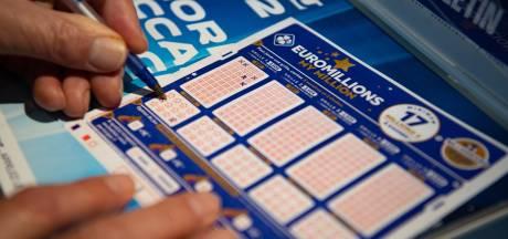 """Un joueur rafle le """"super jackpot"""" de 210 millions d'euros à l'EuroMillions"""