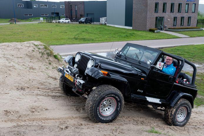Sinds drie jaar hebben Gerard Noordhof en Clara Kalkwiek hun eigen klassieke Jeep CJ-7.