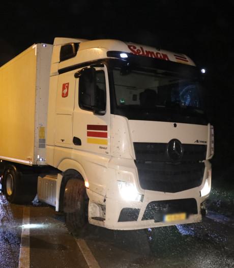 A15 bij Bemmel enige tijd afgesloten na ongeluk