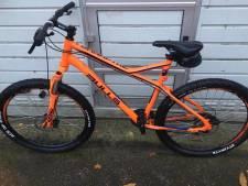 Man opgepakt die twaalf gestolen fietsen in Hatertse schuur heeft staan