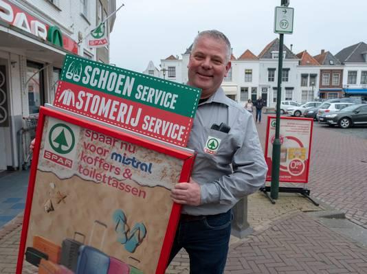 Ronny de Koeijer van de Spar in Brouwershaven.