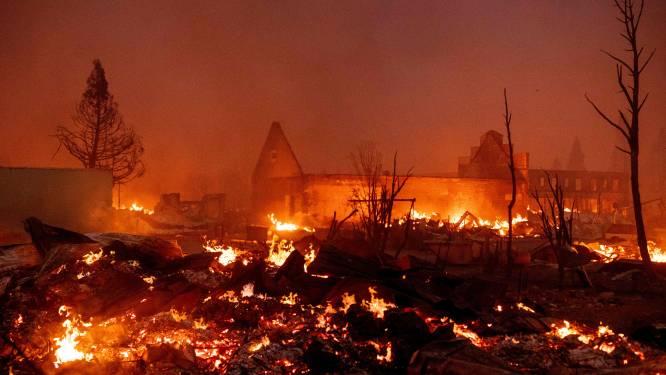 Noord-Californisch dorp volledig verwoest door bosbrand