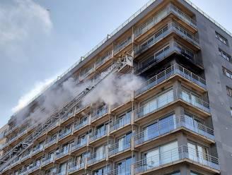 Zware brand verwoest appartement op Zeedijk in Middelkerke