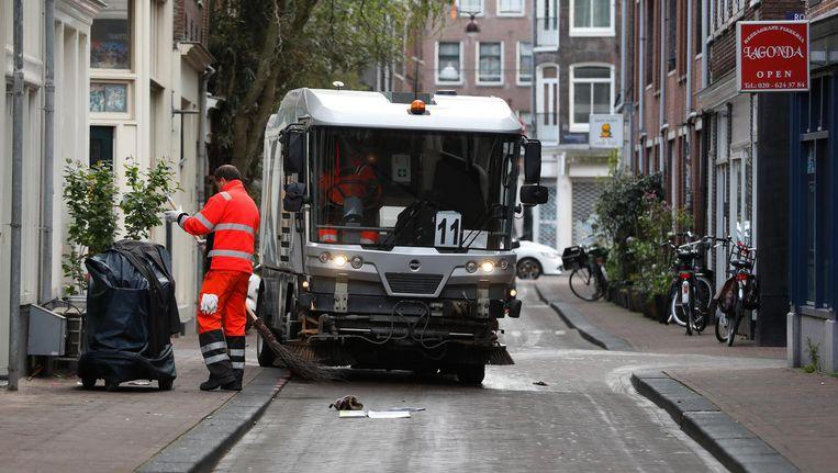 De 366 veegauto's en vuilniswagens moeten op fossiele diesel rijden, stellen de wethouders Beeld anp