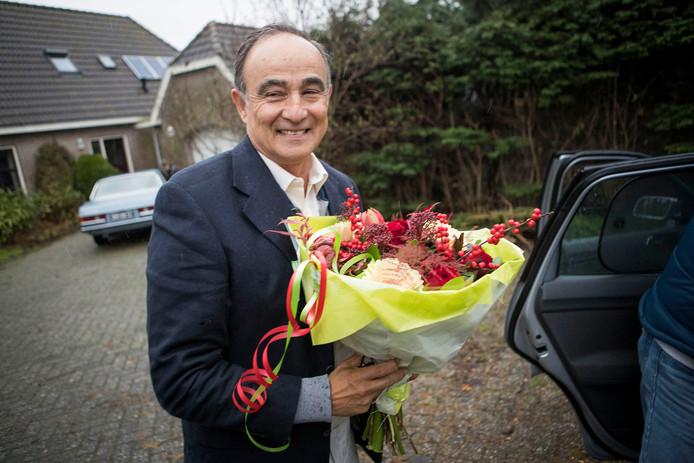 Julio Poch is eindelijk thuis in zijn woonplaats Zuidschermer.  Foto Leo Vogelzang